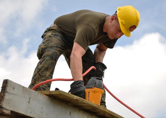 Jak wybrać firmę do budowy domu?